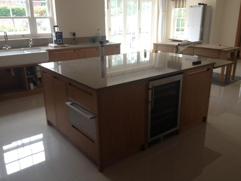 Image 1 - Kitchen with island