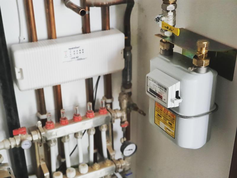 Image 102 - Underfloor Heating Install and Testing