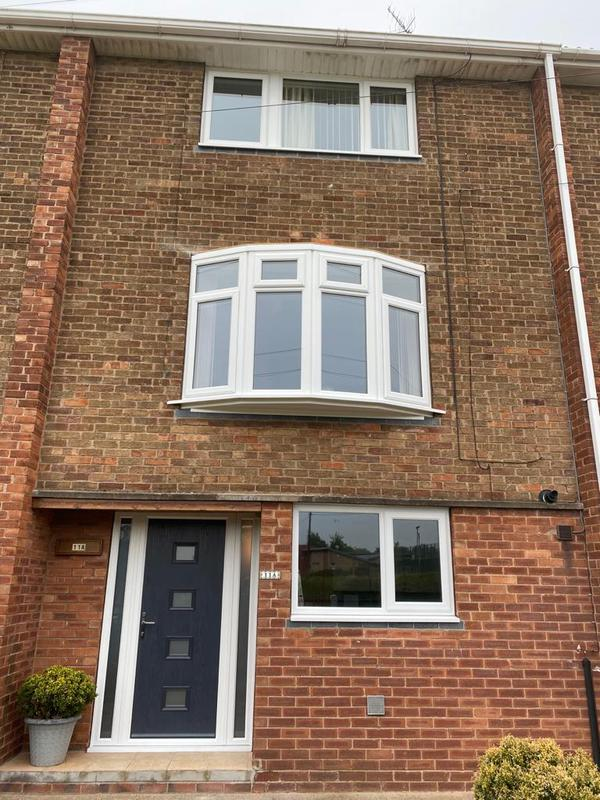Image 27 - Flat to bow window installed in Cotgrave ready for the fully welded lead canopy.