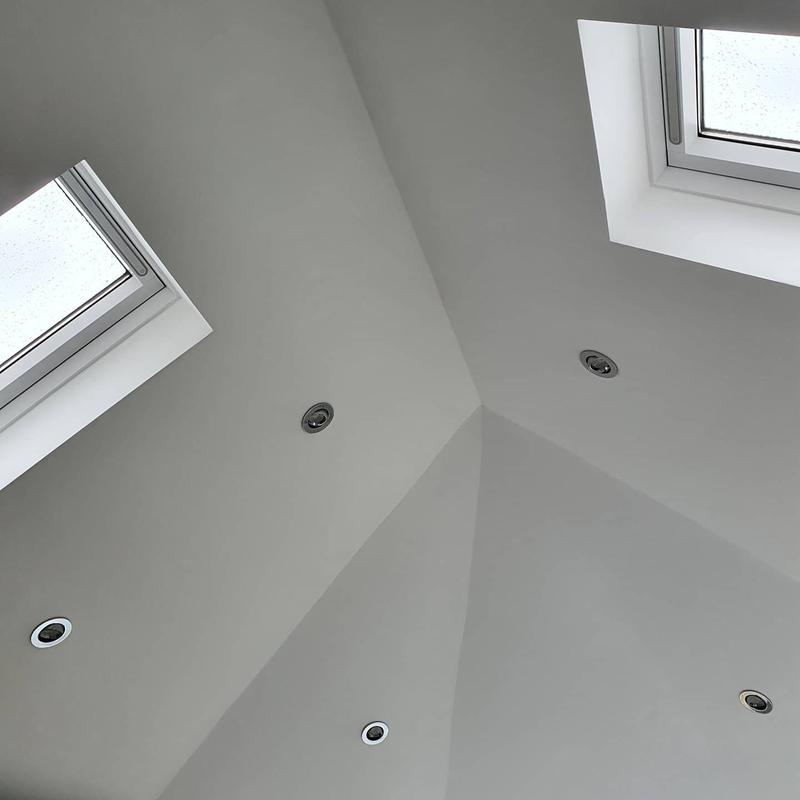 Image 36 - A total of 10 angled spotlights, so bright and modern.