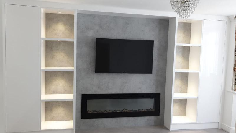 Image 31 - Fire Place T.V
