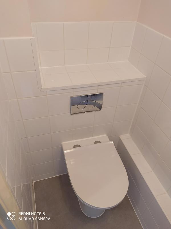 Image 2 - Down stairs cloakroom