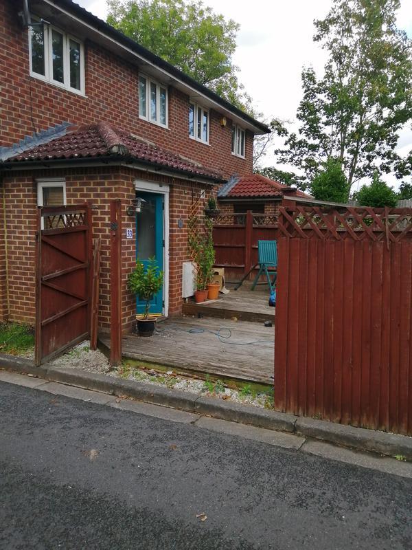 Image 120 - Fence /trellis repair and installation.