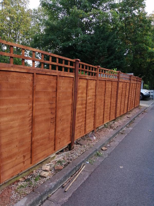 Image 114 - Fence installation /repair