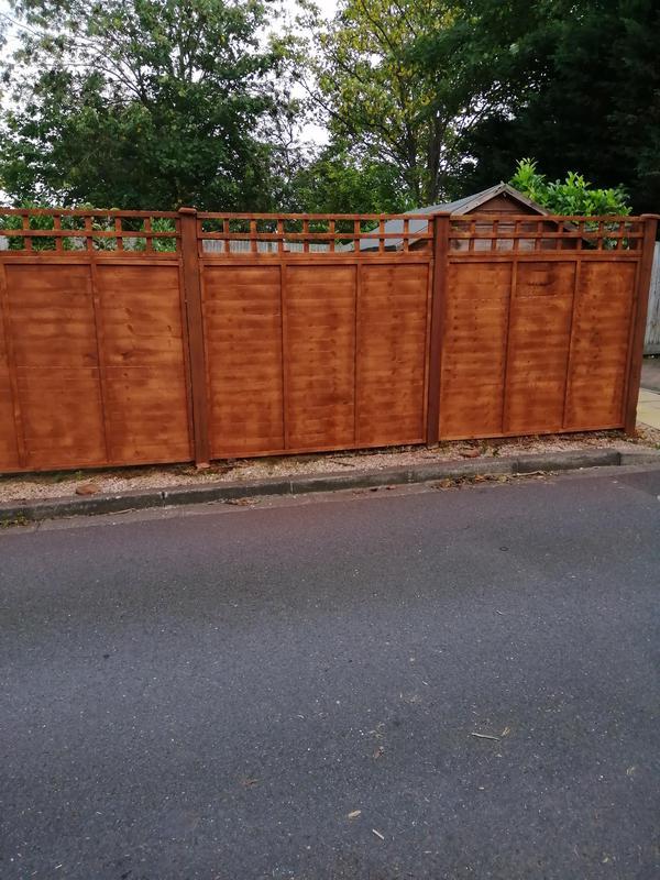 Image 115 - Fence installation /repair