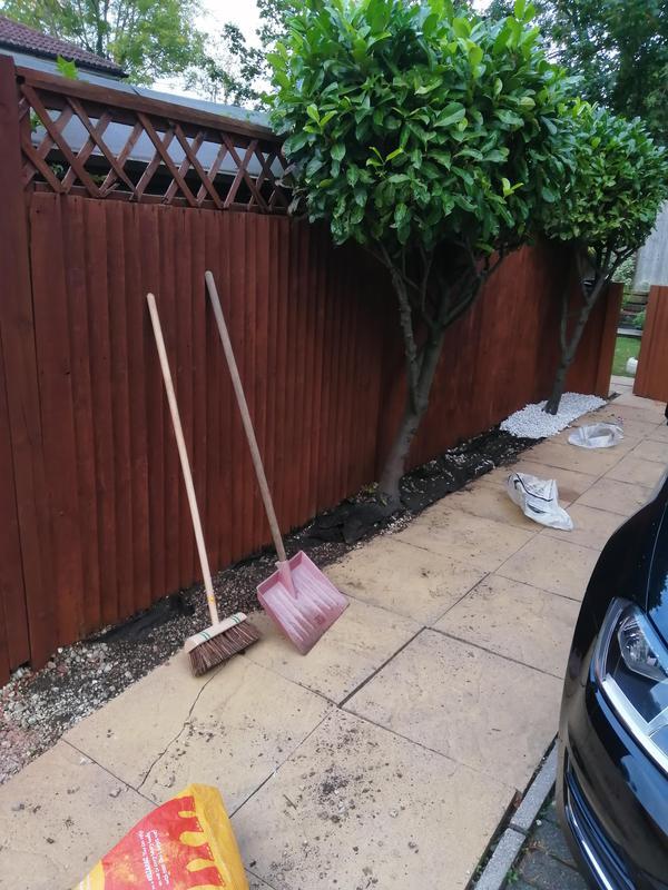 Image 117 - Fence installation /repair