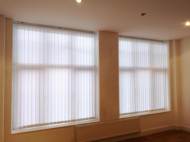Image 41 - new vertical blinds pre let Tolworth