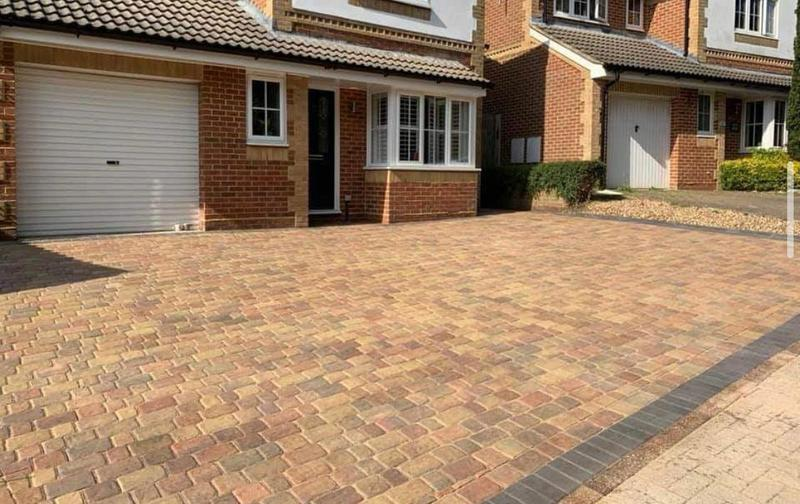 Image 23 - 3 different size block paving many colours and styles to go through all guaranteed