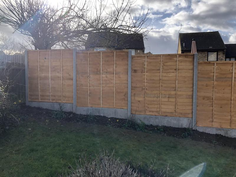 Image 16 - 5ft Overlap Panels with Concrete Slotted Posts an Concrete Gravel Boards