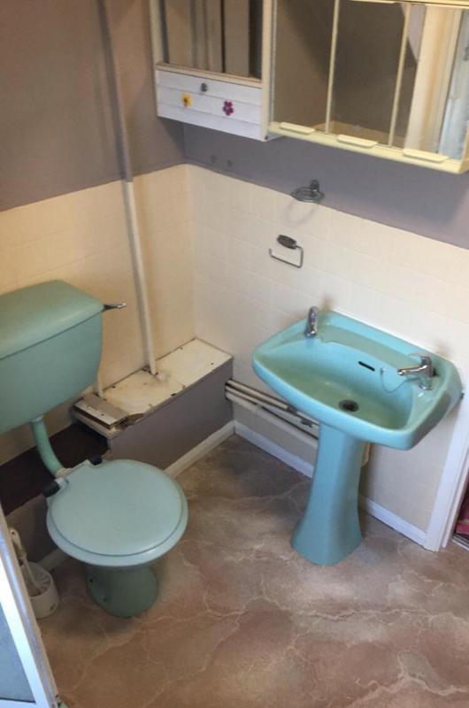 Image 79 - Before - Bathroom renovation CAPEL-LE-FERNE