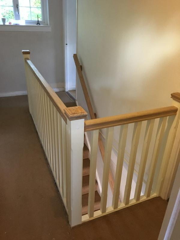 Image 27 - White Primed + Oak Bannister