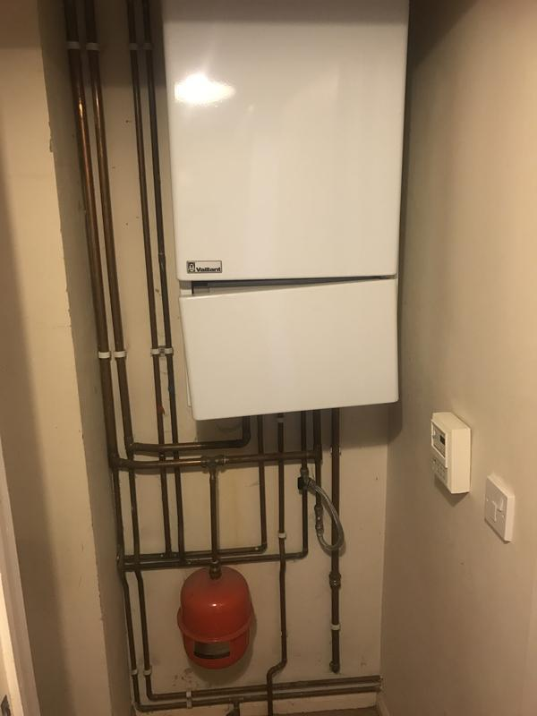 Image 29 - Old Vaillant 25 KW 15+ years old not working parts not available to repair replaced with Vokera 25KW