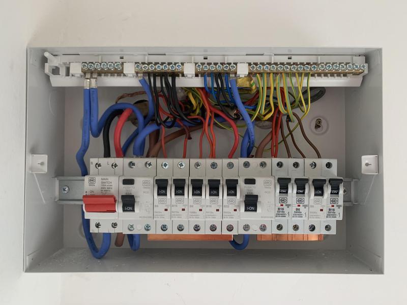 Image 32 - Consumer unit replacement