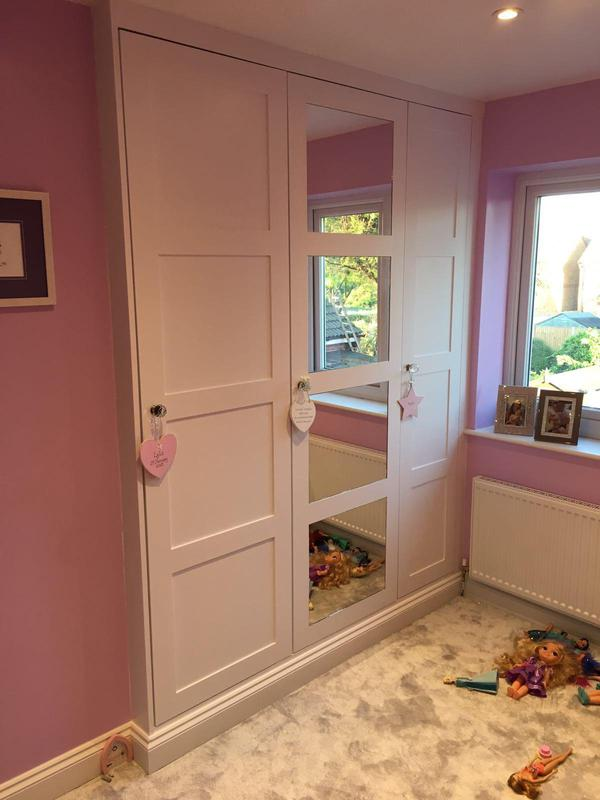 Image 6 - Mirrored fitted wardrobes
