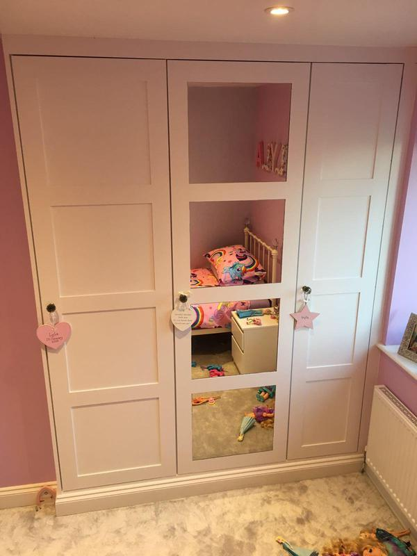 Image 7 - Mirrored fitted wardrobes