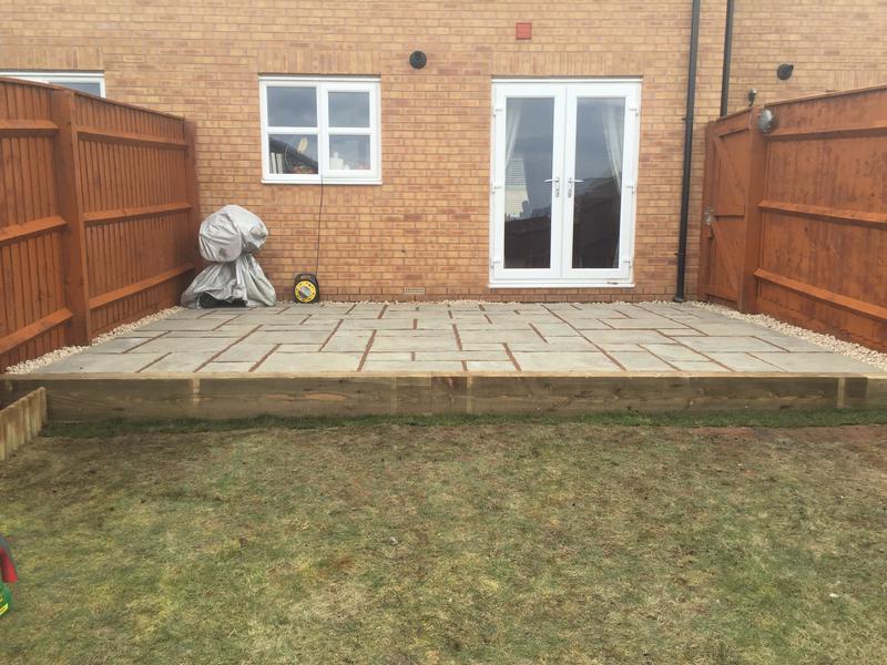 Image 80 - Rutland winter stone patio and sleeper