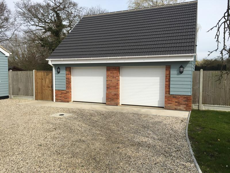 Image 11 - Newly build double garage