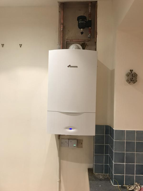 Image 22 - Worcester 35kw Greenstar classic system boiler installation with fernox heating filter and hive active heating controls 5 year warranty included