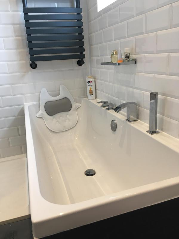 Image 134 - Upminster Bath and shower installation in this lovely Upminster house. We have installed a new boiler, unvented hot water cylinder and new cloakroom in this house. Quality House with a Divine installation. RM143AU