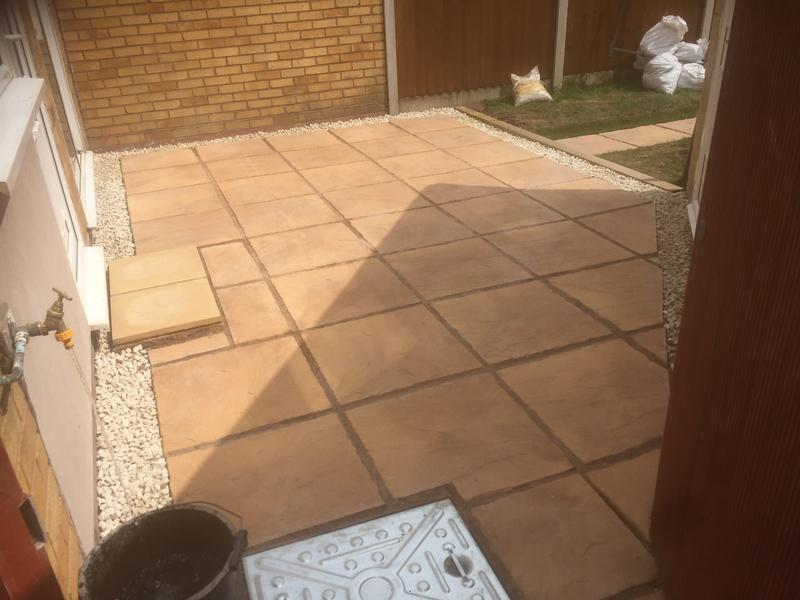 Image 70 - Mellow stone patio