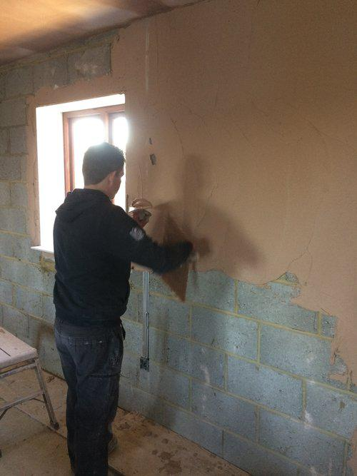 Image 83 - Float and Set plastering.