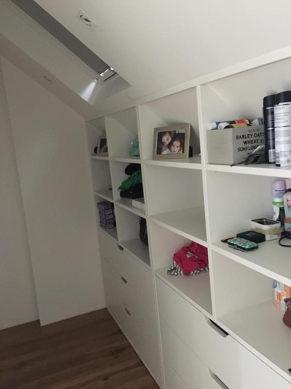 Image 90 - bespoke furniture/dressing area