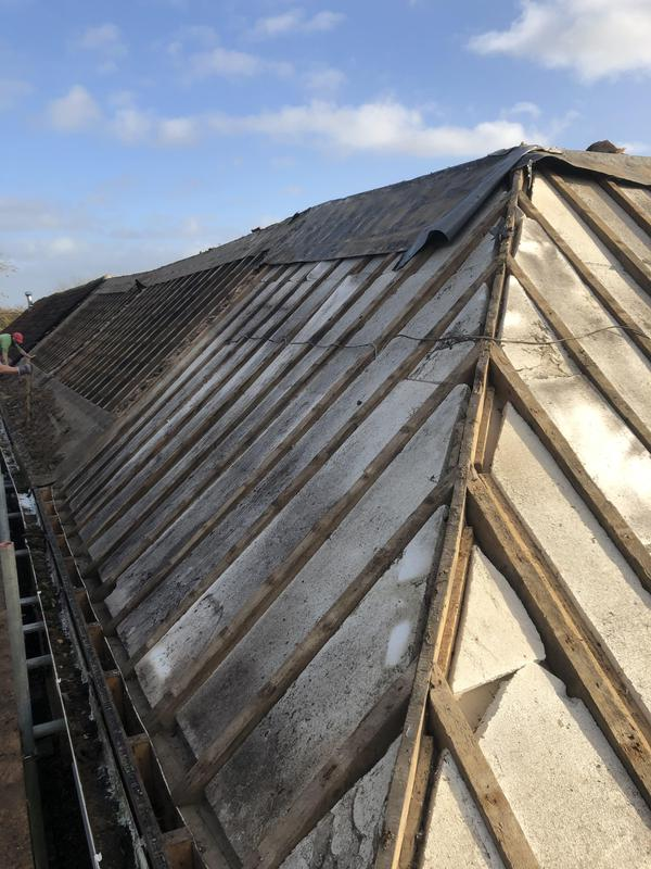 Image 2 - Roof ready for new felt and batten