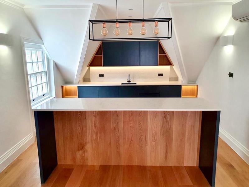 Image 6 - Kitchen