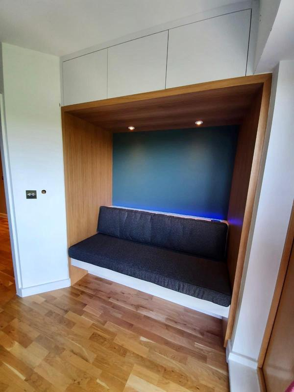 Image 8 - Kitchen Bench Unit