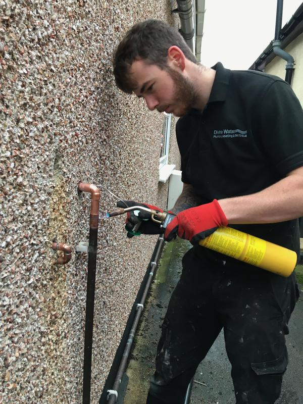 Image 5 - Fitting new gas pipe for a new boiler.