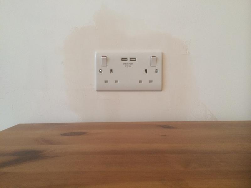 Image 55 - Extra sockets