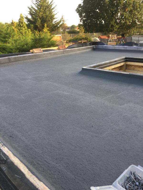 Image 43 - Fibre roof in Dagengham