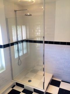 Image 8 - Shower Enclosure - Basingstoke