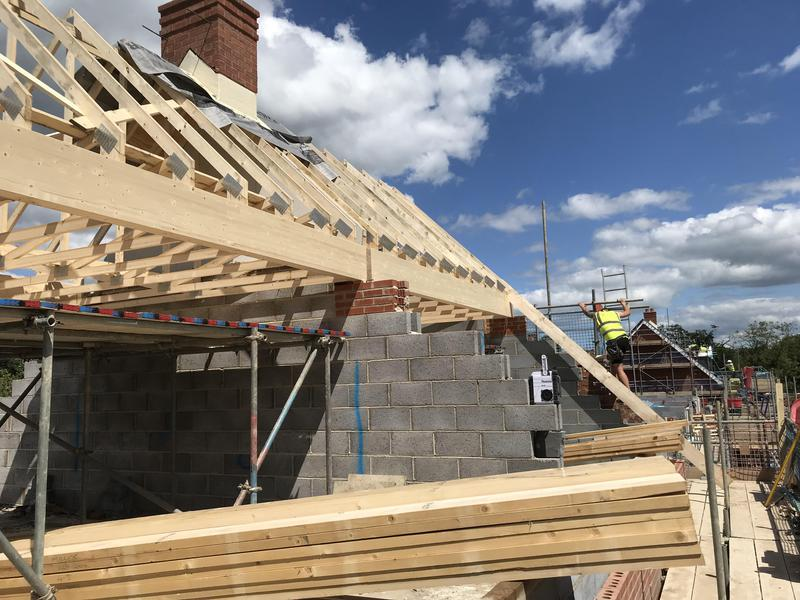Image 14 - Truss roofing and cut roofing