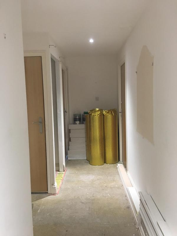 Image 69 - Before photo of the hallway in N7