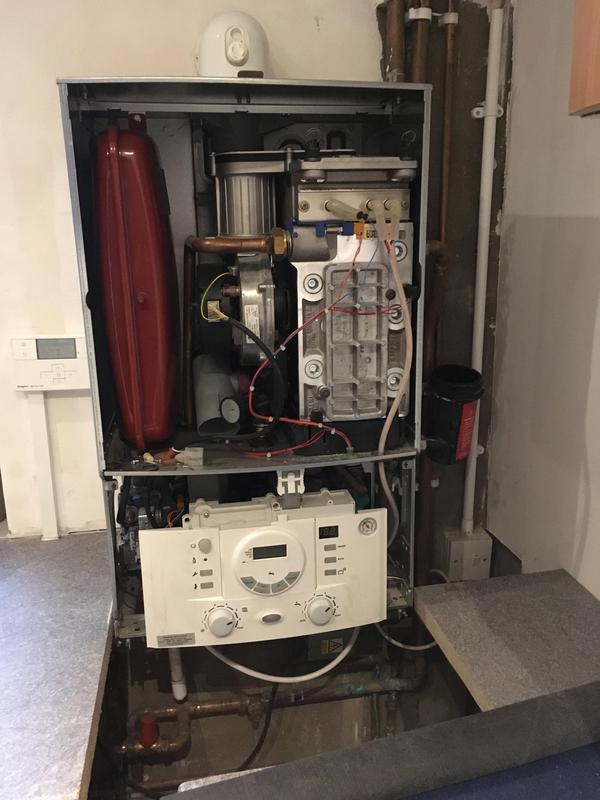 Image 25 - Worcester Bosch Boiler Service.