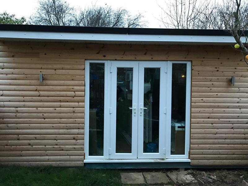 Image 29 - Orpington summerhouse