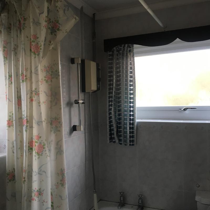 Image 9 - Cranham Gardens Renovation (bathroom)