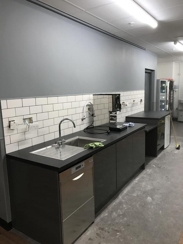 Image 18 - Kitchen facility and splash back