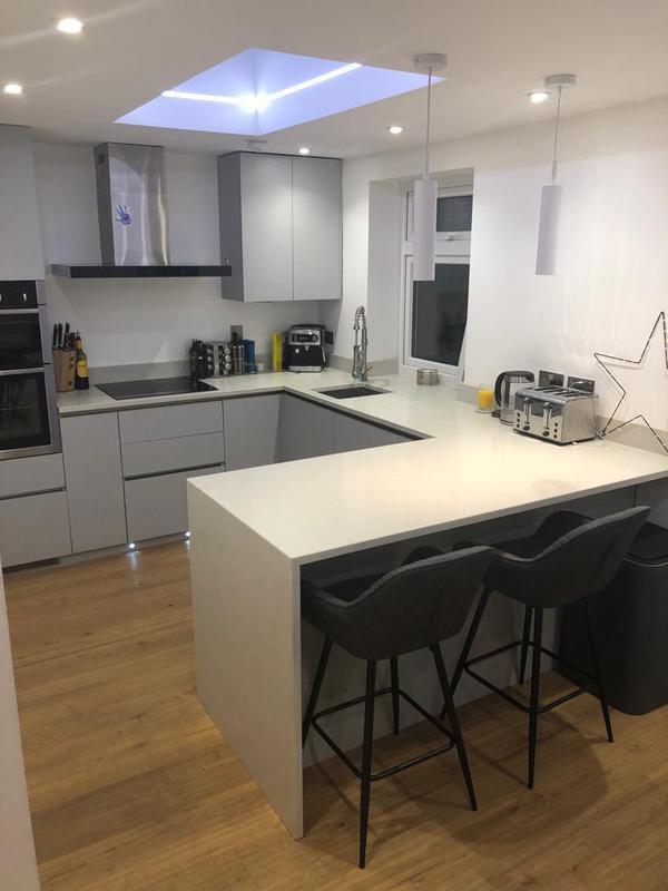 Image 13 - New kitchen installation
