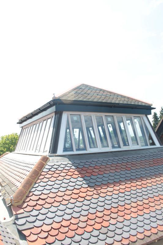 Image 14 - bullnose 2 tone roof tiles