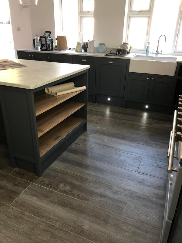 Image 32 - Oak Kitchen and MFC Sprayed with a PreCat Sating finish.