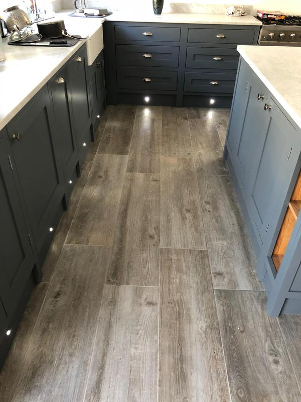 Image 31 - Oak Kitchen and MFC Sprayed with a PreCat Sating finish.