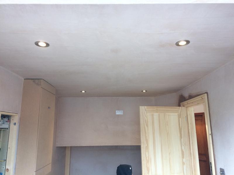 Image 14 - Garage