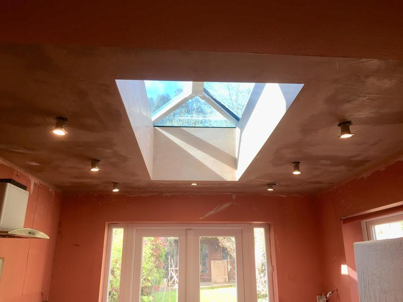 Image 47 - Ceiling plastered with skylight reveals