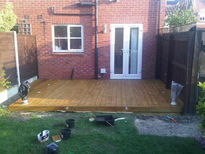 Image 25 - Painted the decking with Golden Maple - such a nice colour, stands out throughout the year