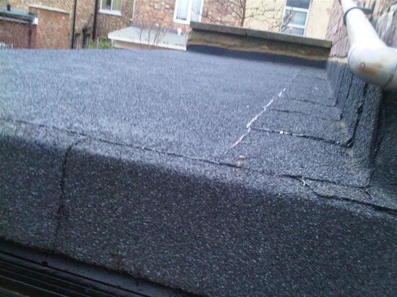 Image 16 - Flat roof edge detail
