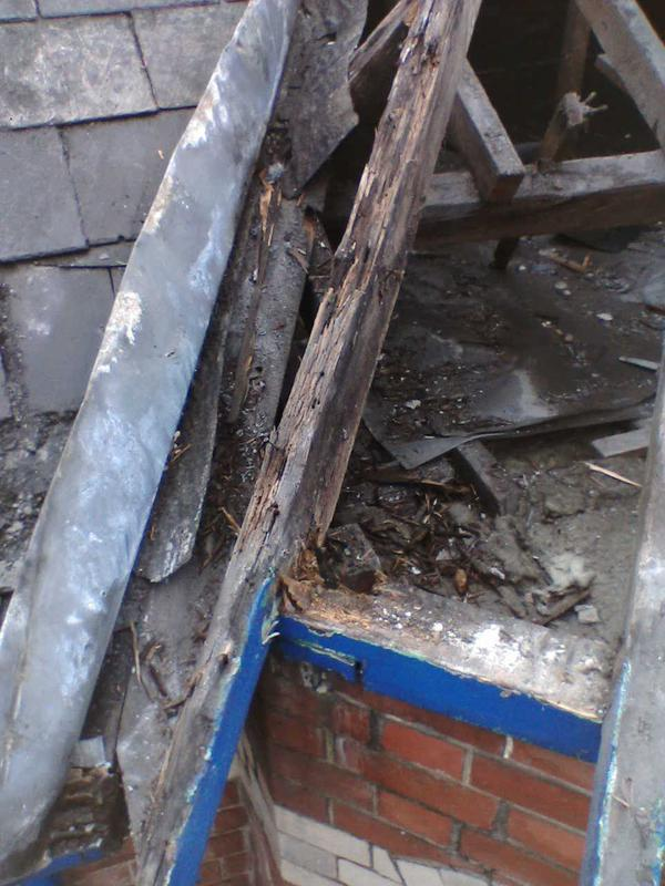 Image 2 - Shows rotten timber for replacement