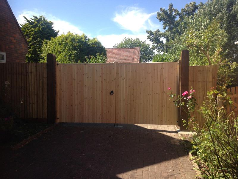Image 31 - Large double gates for openings & driveways with fencing either side .
