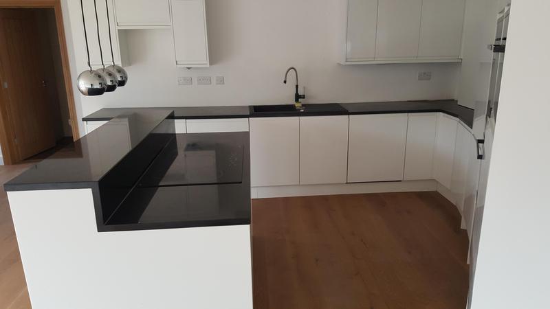 Image 3 - Kitchen